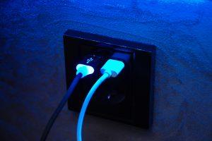 Enchufe USB para carga de dispositivos